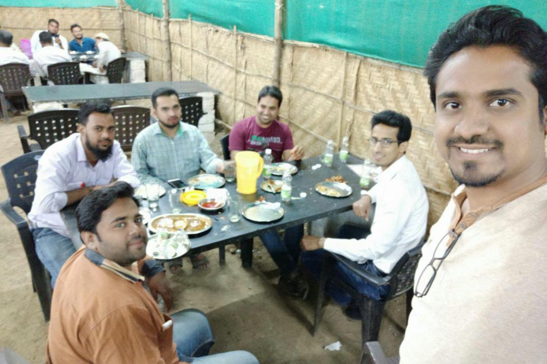 Desi Tadka Dhaba with SchoolFriends